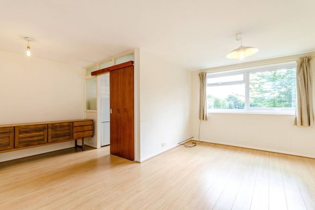 Flat to rent in Selhurst Road, South Norwood