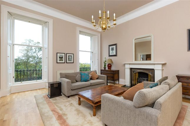 Living Room of 13.2 Great Stuart Street, New Town, Edinburgh EH3