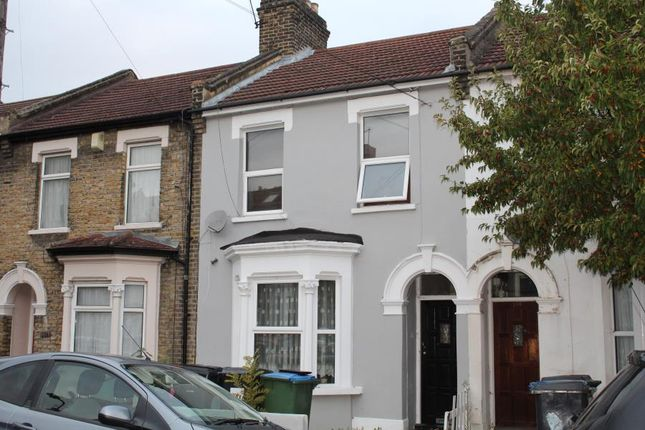 1 bed flat for sale in Ramsay Road, London