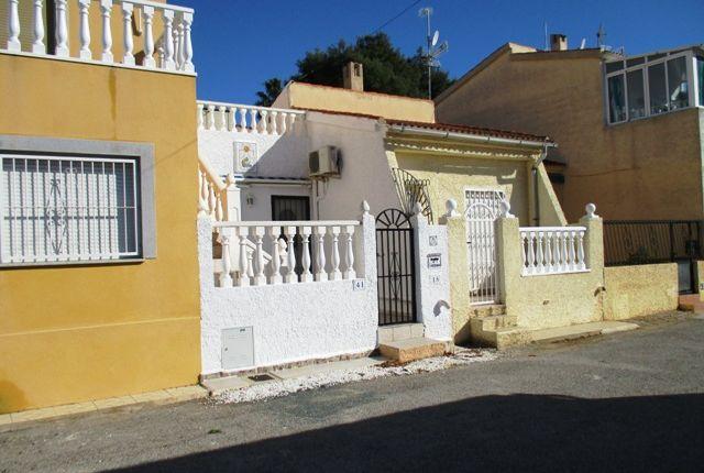 Terraced bungalow for sale in Urbanización La Marina, San Fulgencio, La Marina, Costa Blanca South, Costa Blanca, Valencia, Spain