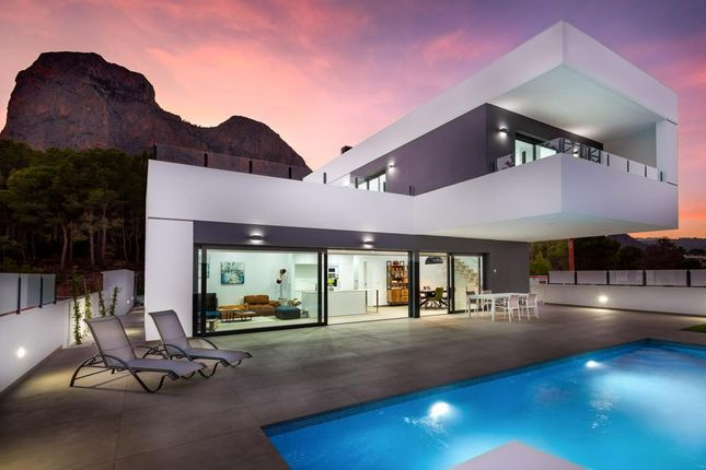 Thumbnail Villa for sale in Pueblo Levante, Benidorm, Valencia, Spain