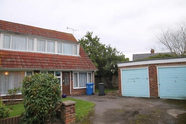 Thumbnail Property for sale in Stewart Close, Fifield, Maidenhead