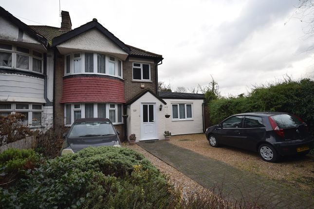 Thumbnail Semi-detached house for sale in Lodge Hill, Welling