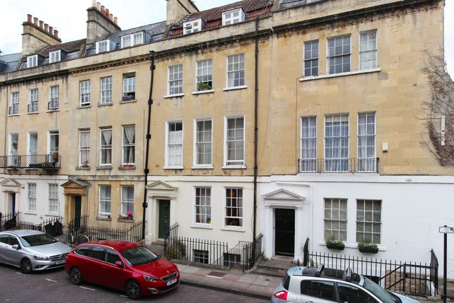 2 bed flat for sale in New King Street, Bath