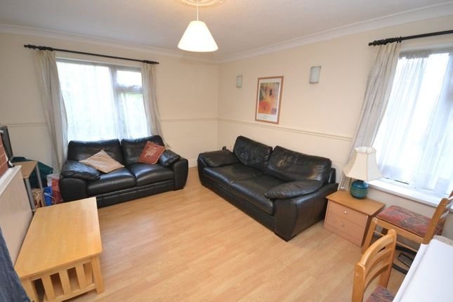 Thumbnail Semi-detached house to rent in Fleming Gardens, Clifton, Nottingham