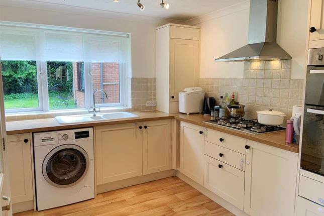 Kitch 1 of The Little House, Oxford Road, Newbury RG14