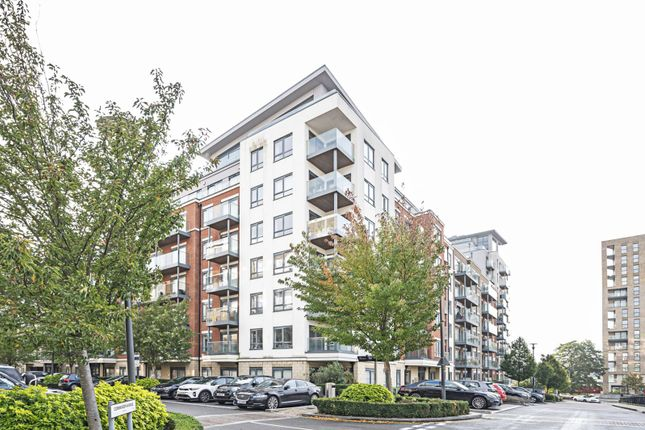 Thumbnail Flat to rent in Empire House, Colindale, London