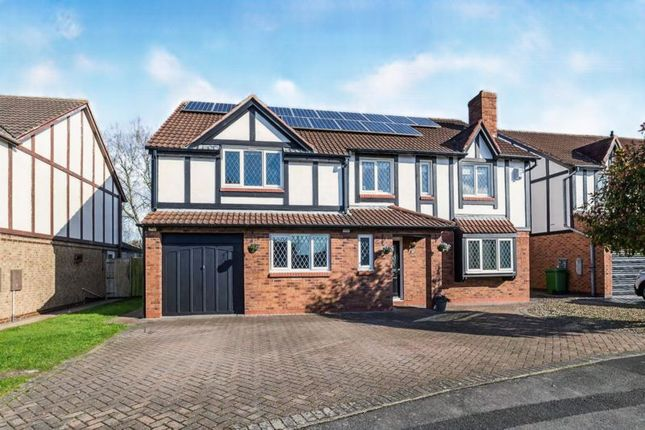 Thumbnail Detached house for sale in Thatch Lane, Ingleby Barwick, Stockton-On-Tees