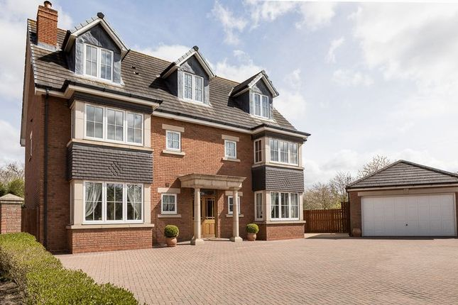 Thumbnail Country house for sale in Poplars Lane, Carlton, Stockton-On-Tees