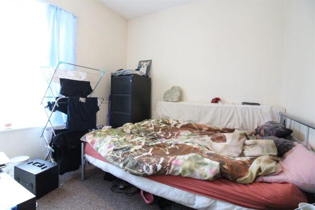 Bedroom 2 of Farringdon Street, Hull HU5