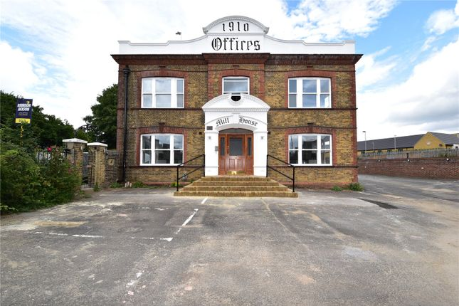 2 bed flat for sale in Priory Road, Dartford, Kent