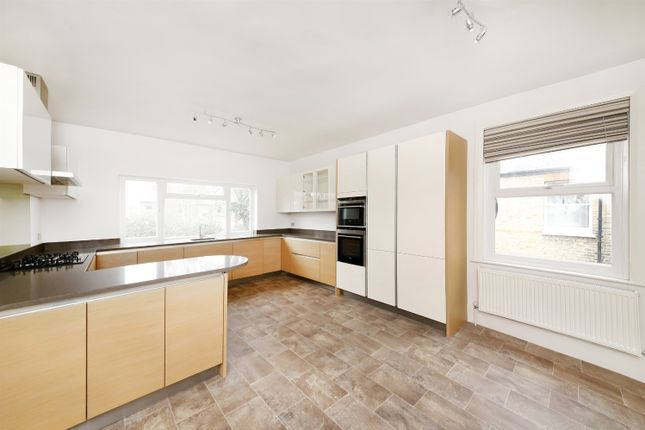 Thumbnail Flat for sale in South Croxted Road, Dulwich
