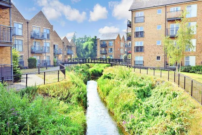 2 bed flat for sale in Esparto Way, Dartford, Kent DA4