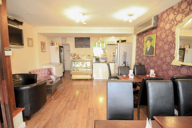 Thumbnail Restaurant/cafe to let in Barnett Wood Lane, Ashtead