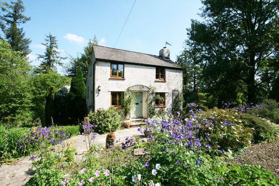 Thumbnail Cottage for sale in Shillingford, Tiverton