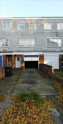 Thumbnail Terraced house to rent in The Grove, Gravesend