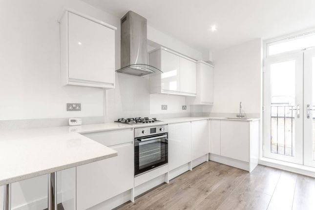 Thumbnail Flat to rent in Wilberforce Road, Finsbury Park