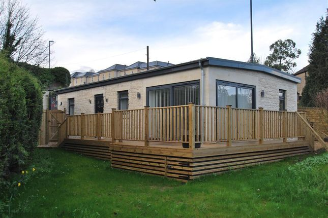 2 bed bungalow to rent in London Road East, Batheaston, Bath BA1