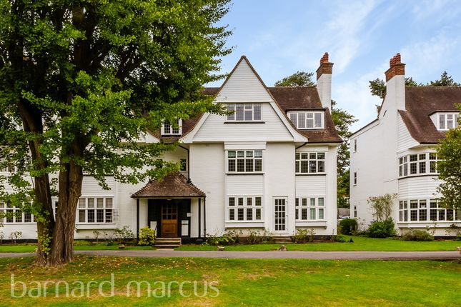 Watts Road, Thames Ditton KT7