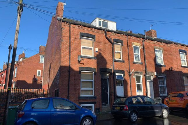 Thumbnail Shared accommodation to rent in Harold Walk LS6, Burley