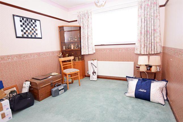 28 Kenilworth Drive, Bedroom 2