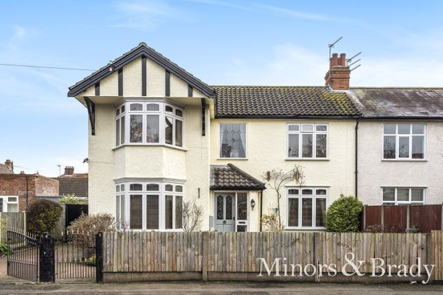 Thumbnail Semi-detached house for sale in Royal Avenue, Great Yarmouth