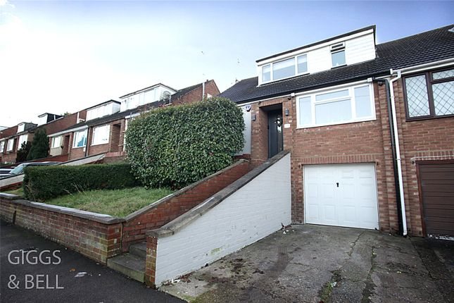 Picture No. 02 of Saywell Road, Luton, Bedfordshire LU2
