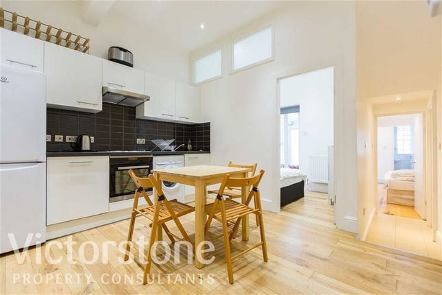 3 bed terraced house to rent in Hadley Street, Camden, London