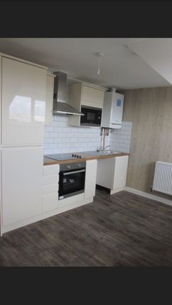 Thumbnail Flat to rent in 110 Fabian Way, Swansea