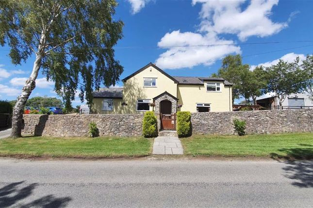 Thumbnail Detached house for sale in Ffordd Groes, Brynford, Flintshire