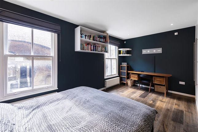Master Bedroom of Winthorpe Road, London SW15
