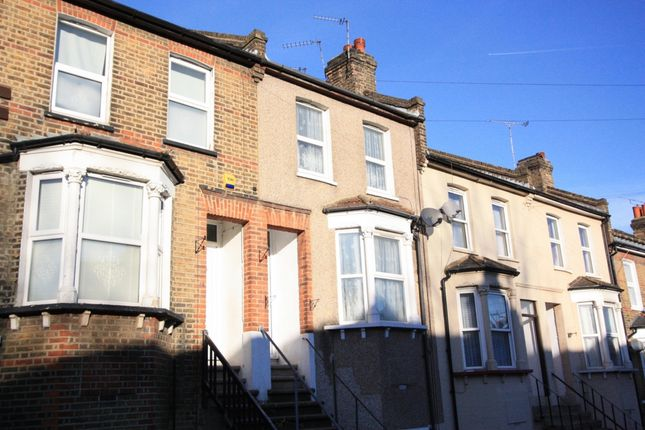 Thumbnail Terraced house to rent in Maximfeldt Road, Erith