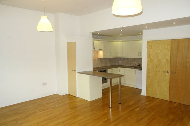 Thumbnail Flat to rent in High Street, Green Street Green, Orpington