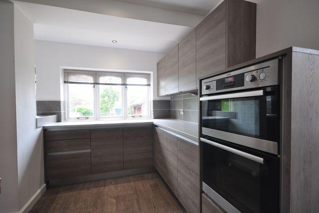 Kitchen(2) of Langham Road, Robertsbridge TN32