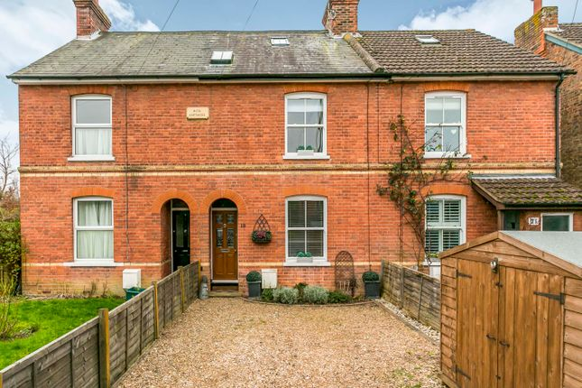 Thumbnail Terraced house for sale in Tonbridge Road, Hildenborough, Tonbridge