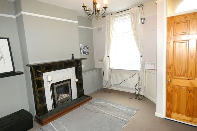 Thumbnail Terraced house for sale in Stockport Road, Gee Cross