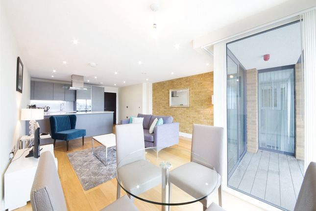 Thumbnail Flat for sale in Wapping High Street, Wapping, London