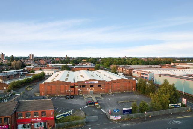 Thumbnail Warehouse to let in Broughton Street, Cheetham Hill, Manchester