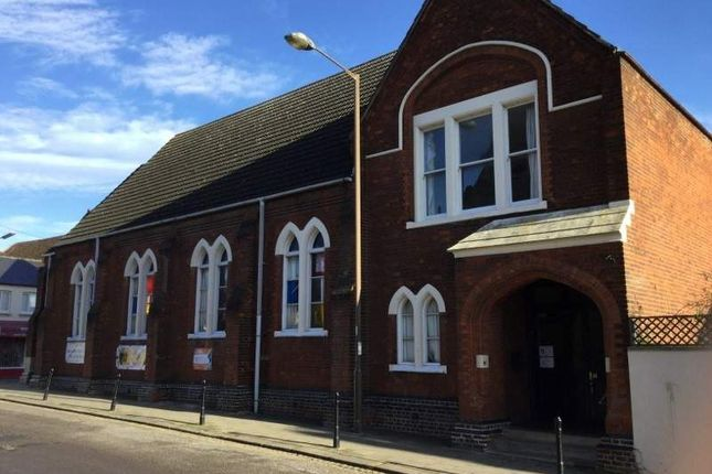 Thumbnail Hotel/guest house for sale in Newnham Street, Bedford