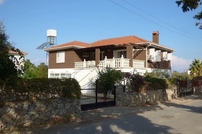 4 bed villa for sale in 2182, Lapta, Cyprus