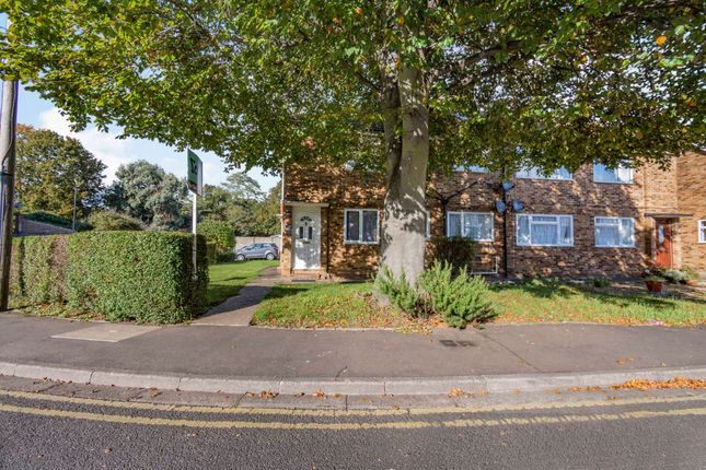 2 bed flat for sale in Field Road, Feltham TW14