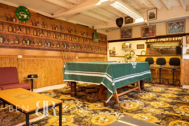 Garden Shed/Bar of Smithy Close, Brindle, Chorley PR6