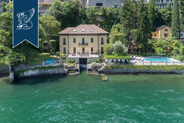 Thumbnail Villa for sale in Moltrasio, Como, Lombardia