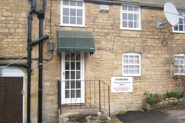 Thumbnail Studio to rent in West Street, Chipping Norton
