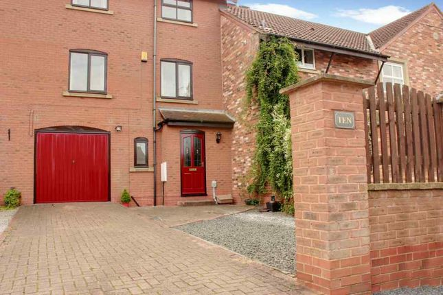 Thumbnail Terraced house for sale in Etherington Court, Beverley