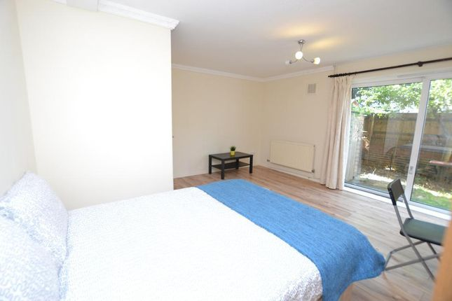 Thumbnail Maisonette to rent in Portia Way, Mile End, London