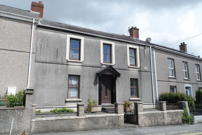 2 bed flat to rent in Waterloo Terrace, Carmarthen SA31