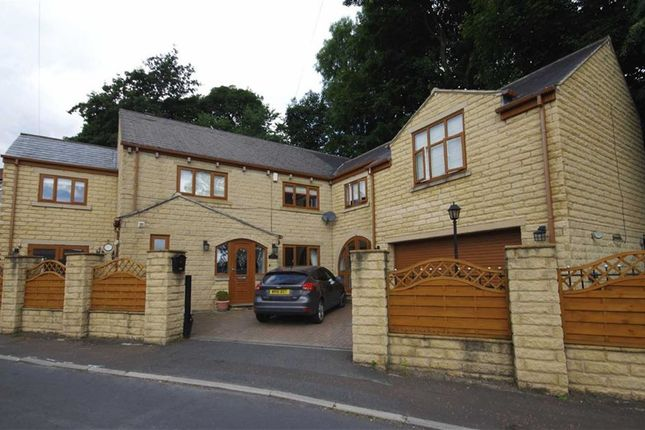 Thumbnail Detached house for sale in Longfield Avenue, Northowram, Halifax