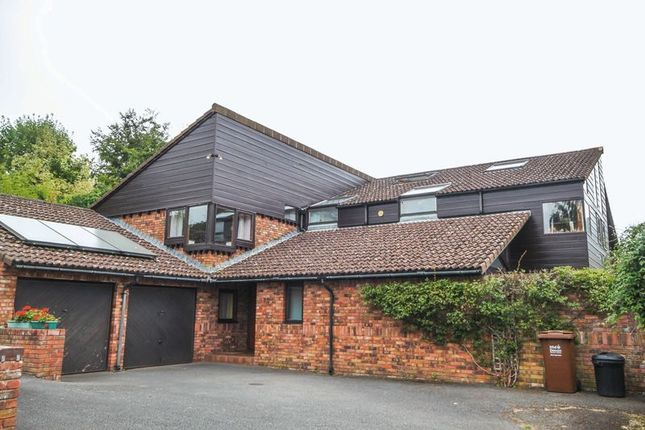 Thumbnail Detached house to rent in Threshers, Crediton