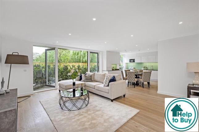 Thumbnail Flat for sale in Millhill, London